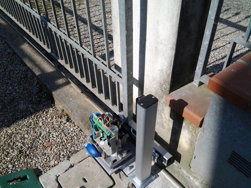 Automazione cancello scorrevole a Sarginesco (MN)
