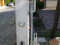 Colonnina con fotocellule di sicurezza