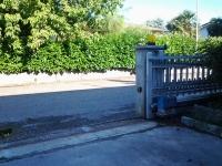motorizzazione cancello scorrevole villa poma
