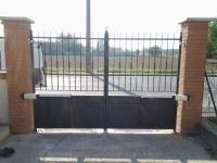 02-cancello-a-battente-motore-phobos-NBT