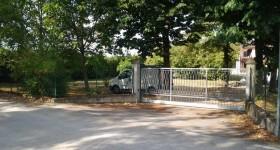 Motorizzazione su cancello scorrevole a Scorzarolo